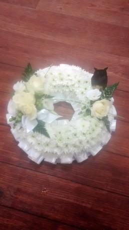white wreath with owl