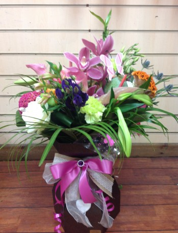 Prestige floral box of seasonal flowers