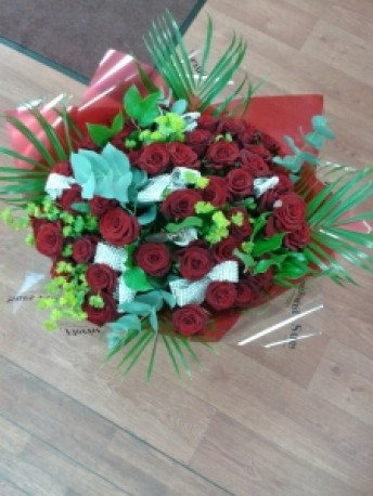 Handtied of Roses