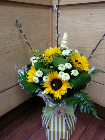 flora lbox with sunflowers