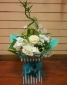 Turquoise and white floralbox